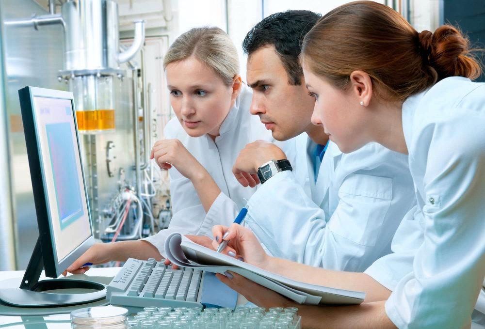 É importante que haja planejamento entre a equipe técnica e o engenheiro clínico responsável para realizar a priorização.