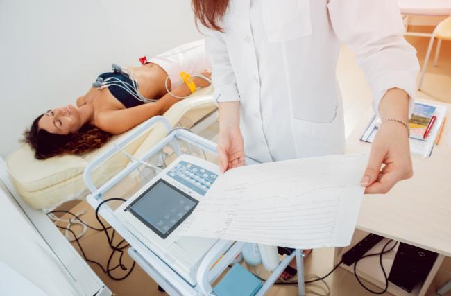 paciente monitor multiparâmetro